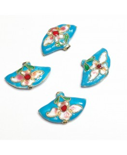 2 perles éventail 25*15 mm. fond turquoise